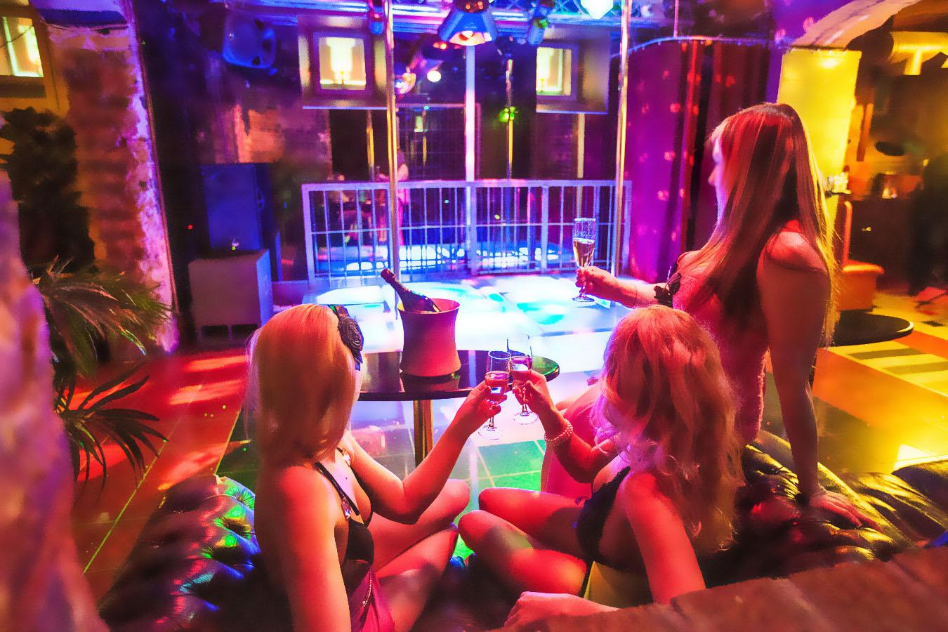 порно фото отчет свингеры № 45904 бесплатно